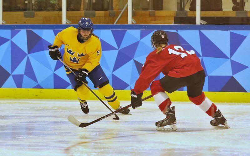 NIU-Hockey_11.jpg